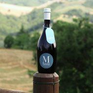 Birra Marinéra La Cotta con vista delle colline del Montefeltro